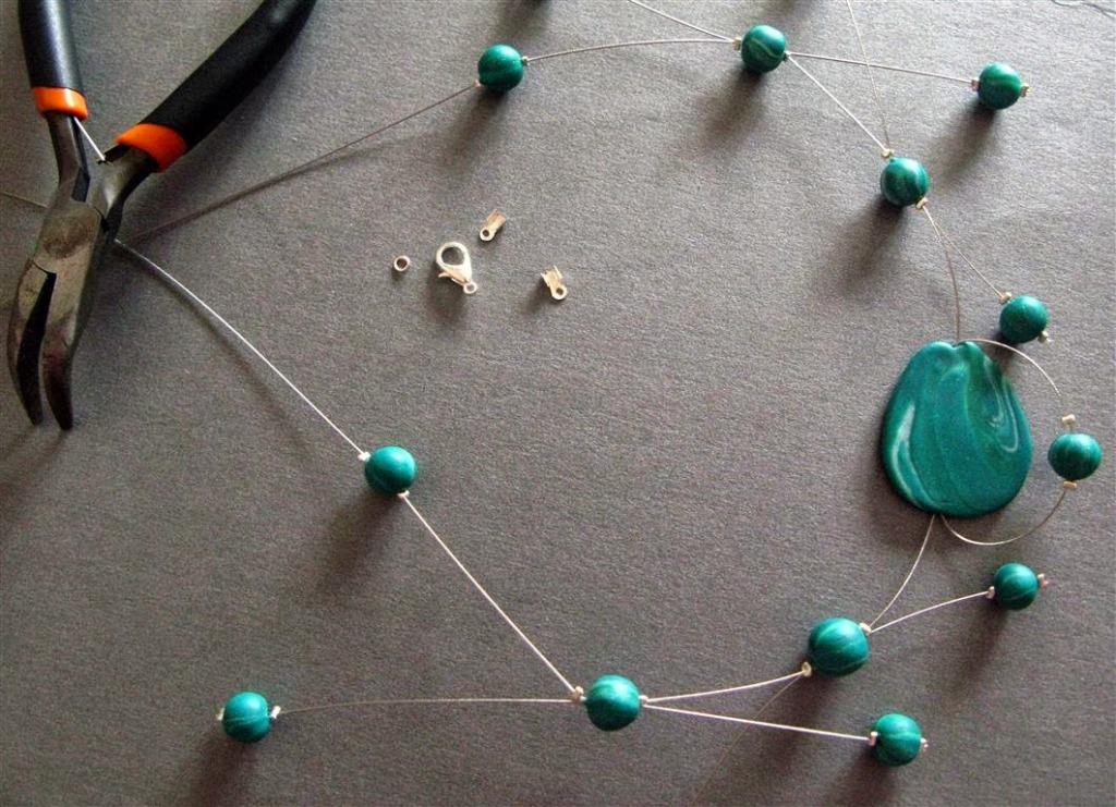 Assemblage des perles terminé